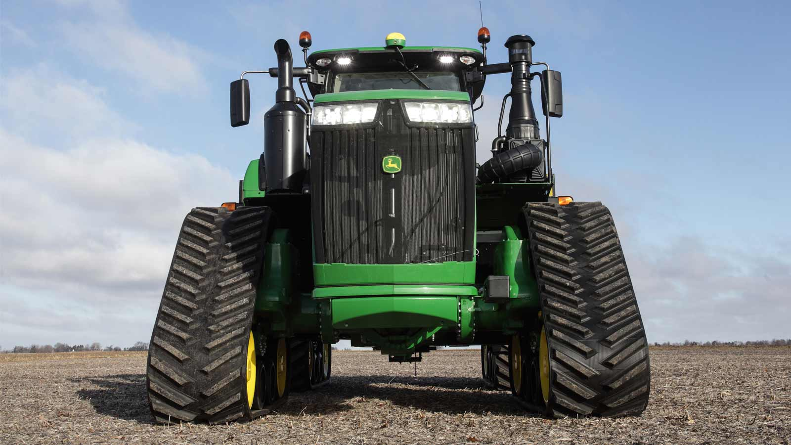 9r-tractor-field-front