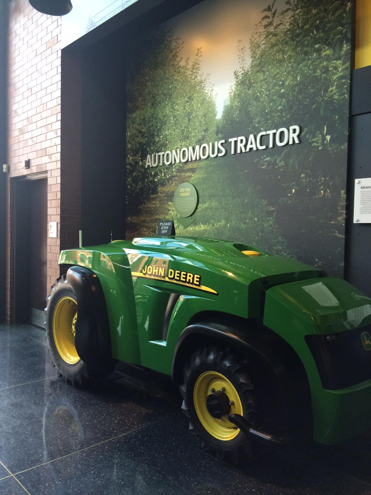Autonomous_tractors_1.jpg